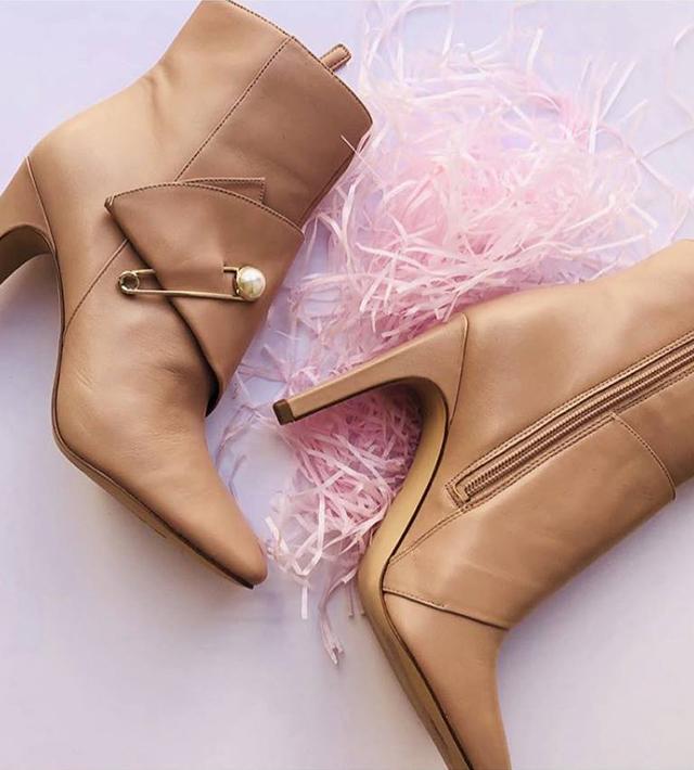 נעלי ניין ווסט